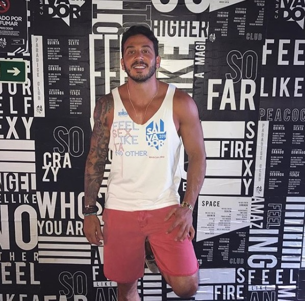 12 fotos do gostosão e sarado Gustavo Soares, oftalmo gato do BBB19